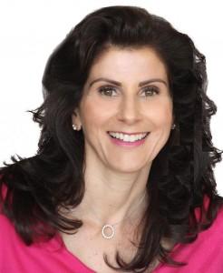 Laura Fenamore Headshot